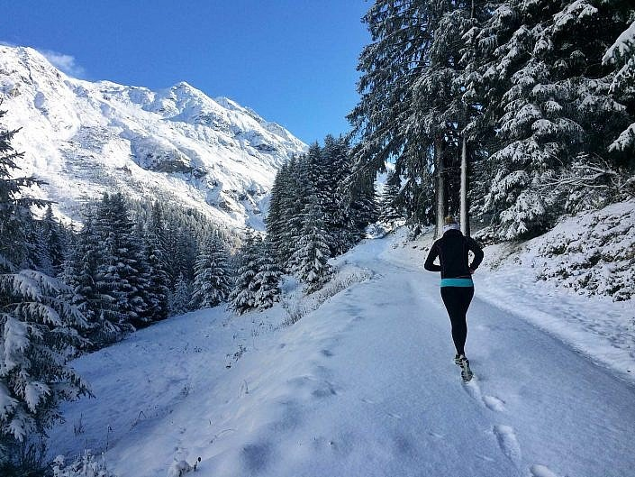 running Champagny le Haut, Alps