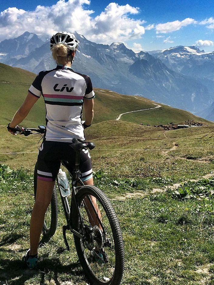 Cycling Mont Jovet