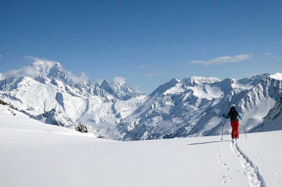 Beaufortain Traverse Ski Tour