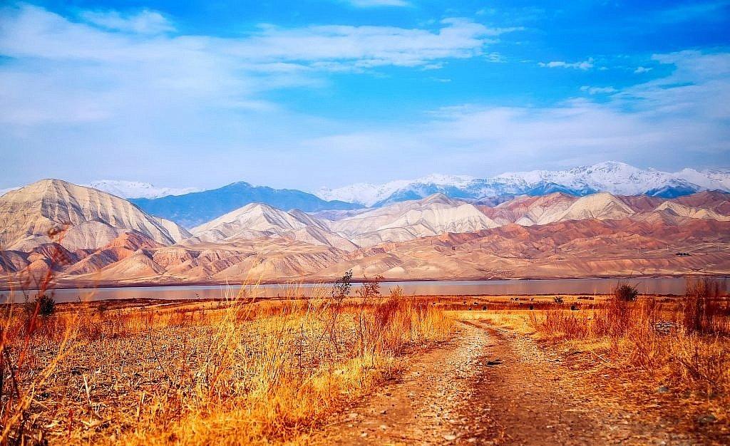 Goals for 2018 - kyrgyzstan dirt roads