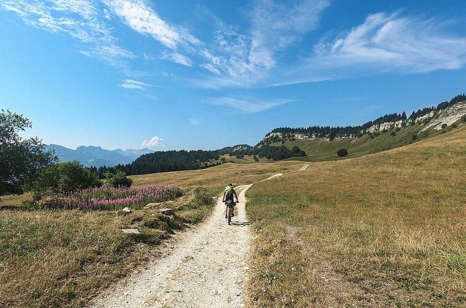 Les Grande Traversées du Vercors Mountain Biking