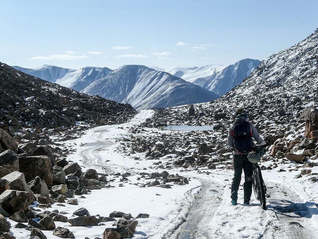 Silk Road Mountain Race Tosor Pass