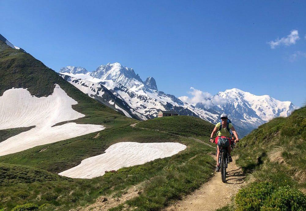 Cycling over the Col de Balme